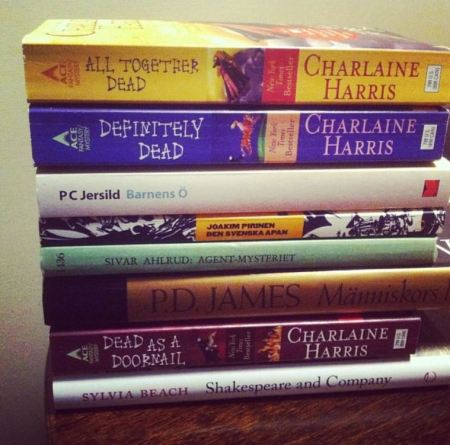 Böcker (30)